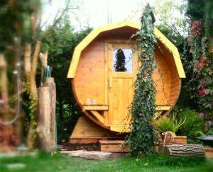 sauna in fassform was bringt das neues wissen. Black Bedroom Furniture Sets. Home Design Ideas